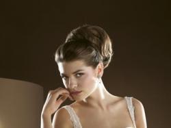 Sprzedam suknię LUGONOVIAS z kolekcji 2009 model 9122