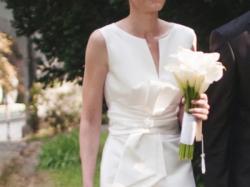 Sprzedam suknię na wzrost 180cm, rozmiar 38/40.