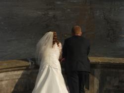 SPRZEDAM SUKNIE ŚLUBĄ ROZMIAR 42-46 EMMI MARIAGE