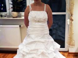 sprzedam suknie slubna 2010