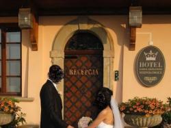 sprzedam suknie ślubną 36