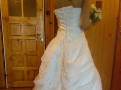 sprzedam suknie slubna b.ladna- Tanio
