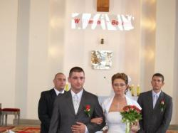 sprzedam suknię ślubną-białą