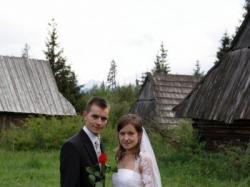 sprzedam suknię ślubną biała 36 koronkowa;-)