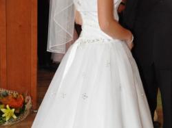 Sprzedam suknie ślubną +bolerko+welon