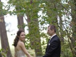 Sprzedam suknię ślubną dla szczupłej i wysokiej dziewczyny