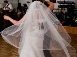 Sprzedam suknię ślubną + dodatki !!!!!!!