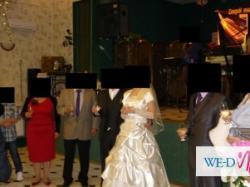 SPRZEDAM suknię ślubna ecru rozmiar 40,cena 400 zl