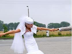 Sprzedam suknię ślubną (fason: syrenka)