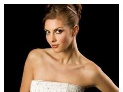Sprzedam suknie ślubną firmy HERM'S śnieżnobiała 38/40 gratis dodatki