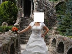 SPRZEDAM SUKNIĘ Ślubną+Gratis BOLERKO!!!