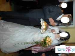 Sprzedam suknię ślubną + gratis bolerko i rękawiczki