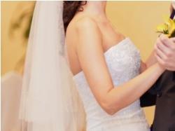 Sprzedam suknię ślubną gratis z dodatkami