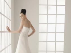 Sprzedam suknie slubna hiszpanskiej firmy ROSA CLARA, KOLEKCJA 2011!!!