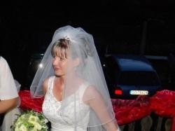Sprzedam suknie ślubną- idealna dla drobnych pań, ale z DUŻYM BIUSTEM!!!