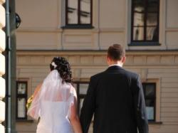 Sprzedam suknie ślubną kareen