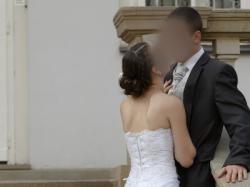 sprzedam suknie ślubna marki Karina delikatna z błyskiem rozm 36/38
