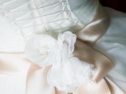 Sprzedam suknię ślubną MAXIMA, kolor śmietanowy, r.38, POLECAM !