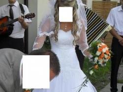 """Sprzedam suknie ślubną """" Mirella"""" z 2011r."""