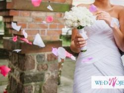 Sprzedam suknię ślubną PRONOVIAS, model PARAJE, rozm. 38, kolor śnieżna biel