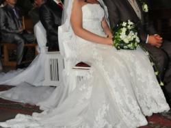 sprzedam suknię ślubną PRONOVIAS NALON