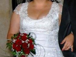 sprzedam suknię ślubną r.44-48