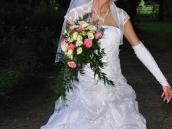 Sprzedam suknię ślubną roz 38 tanio
