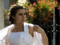 Sprzedam suknię ślubną rozm.38-40 modelującą brzuch i talię!!!