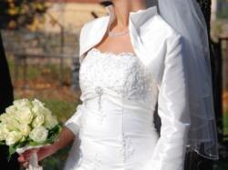 Sprzedam suknię ślubną w kolorze ecri