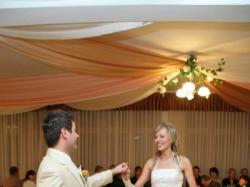 Sprzedam suknię ślubną w kolorze ecri i zlota