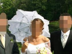 Sprzedam suknię ślubną z atłasu i koronki - prześliczna