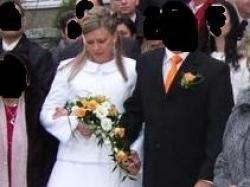Sprzedam suknię ślubną z bolerkiem i kurteczką