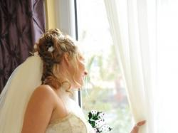 sprzedam suknie ślubna z dodatkami