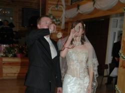 Sprzedam suknię ślubną z kolekcji Emmi Mariage kolor ecru