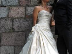 Sprzedam suknię ślubną z kolekcji Urszuli Mateja - Mada Ślubna 2006
