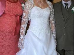 Sprzedam suknie ślubną z koronkowym bolerkiem roz 38