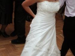 Sprzedam Suknię Ślubną z kryształkami Swarovskiego