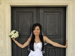 Sprzedam suknię ślubną z salonu Agnes.