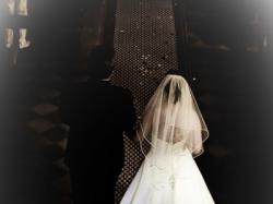 Sprzedam suknię ślubną z salonu Lissa Ferera Rozm.38