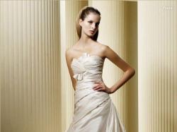 Sprzedam Suknię ślubną z salonu MADONNA (2009) LA SPOSA m. FRESA, r. 32/34