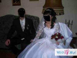 Sprzedam suknie ślubną z trenem i zimowym bolerkiem!!!!!