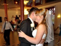 Sprzedam suknię ślubną - założona raz 18.09.2010 r :)