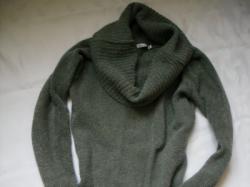Sprzedam szarą tunikę-sweter, rozmiar M.