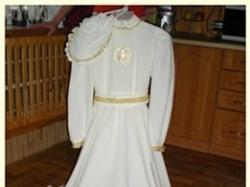 Sprzedam TANIO jedyną w swoim rodzaju sukienke komunijna z dodatkami!