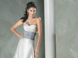 Sprzedam TANIO  NOWĄ suknię ślubną - szytą na wzór Meggie Sottero - model TIANA