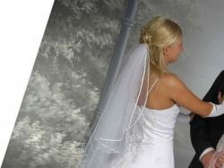 Sprzedam tanio piękną sukie ślubną,