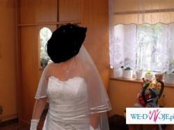 Sprzedam tanio śliczną śnieżnobiałą suknie ślubną