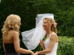 Sprzedam tanio - suknia ślubna DEMETRIOS