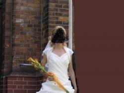 Sprzedam tanio suknię ślubną