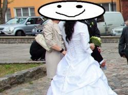 Sprzedam TANIO!! suknię slubną typu princessa, r36, sprowadzana